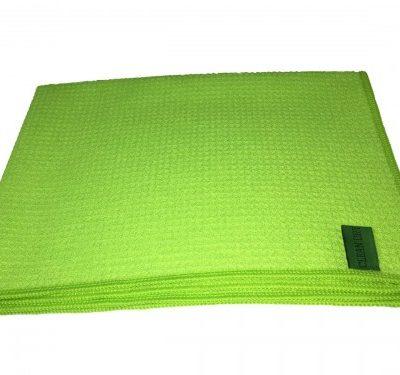 Droogdoek groen van Clean Dry voor streeploos ramen wassen.