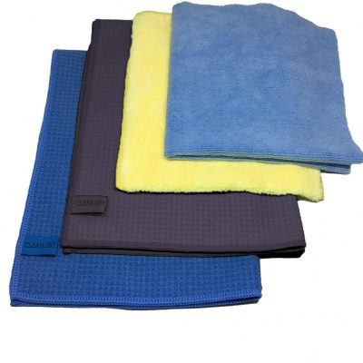 Droogdoeken set van Clean dry twee droogdoeken in het blauw en grijs met twee schoonmaakdoeken geel blauw.