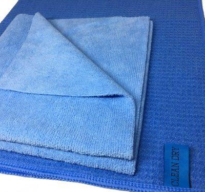 Ramenset met twee raamdoeken. de schoonmaakdoeken werken ideaal als inwas doek met een droogdoek. merken Clean Dry & Fanatic