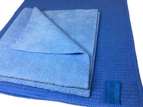 Ramenset met twee raamdoeken. de schoonmaakdoeken werken ideaal als inwas doek met een droogdoek. merken Clean Dry & Fanatic kraakhelder en streeploos ramen zemen.